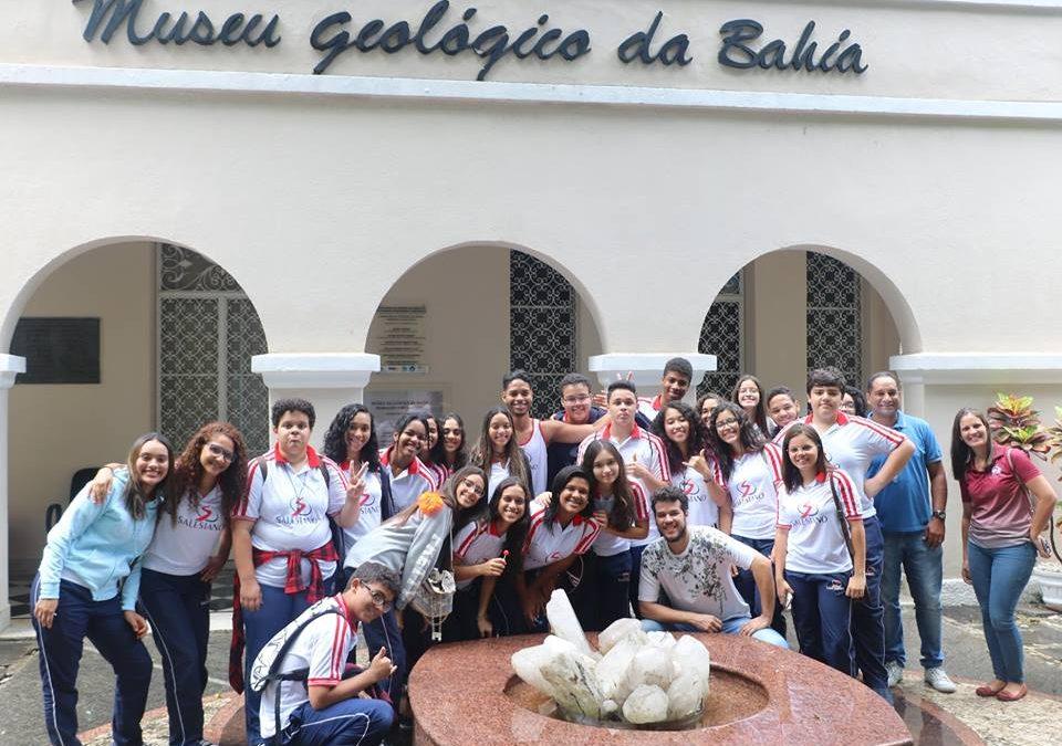 Uma aula no museu de geologia da Bahia
