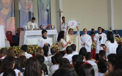 Colégio Salesiano Dom Bosco comemora 15 anos